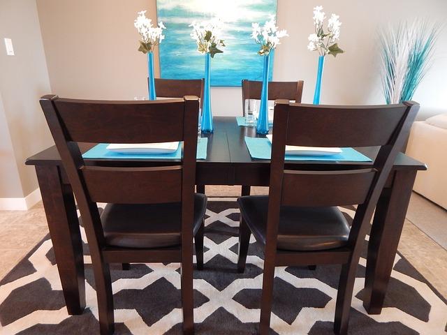 dining-room-881127_640